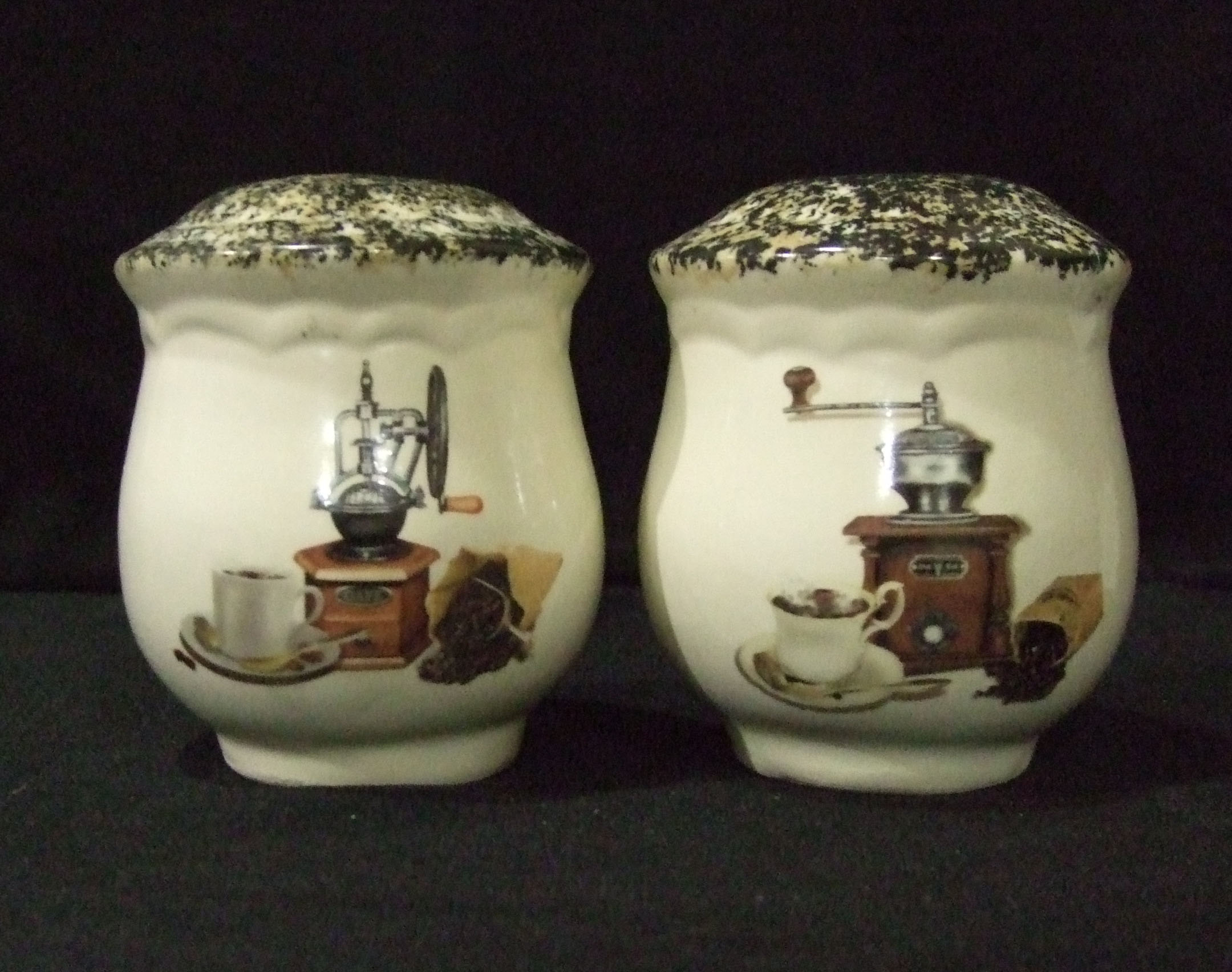 salt and pepper shakers, tableware, crockery, pottery, ceramics