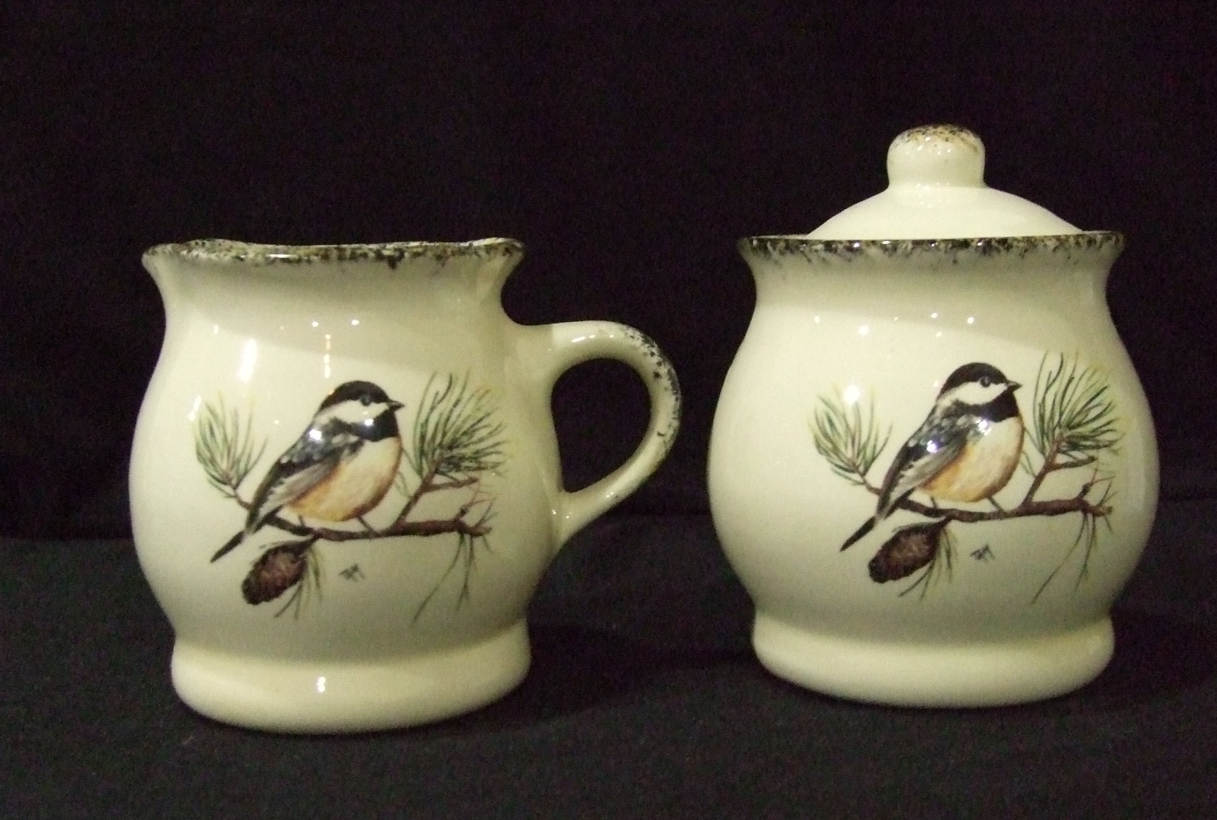 cream and sugar set, creamer, sugar, pottery, ceramics